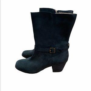 Size 7.5 NWOT Lands End Boots